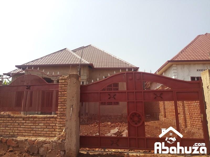 A 4 BEDROOM HOUSE FOR SALE MASAKA-RALGA