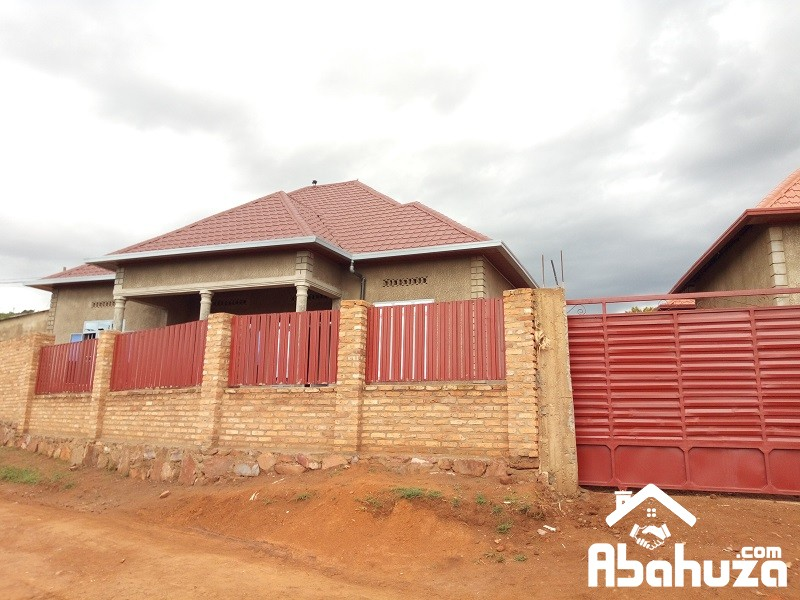 A WELL LOCATED HOUSE FOR SALE IN KIGALI AT MASAKA