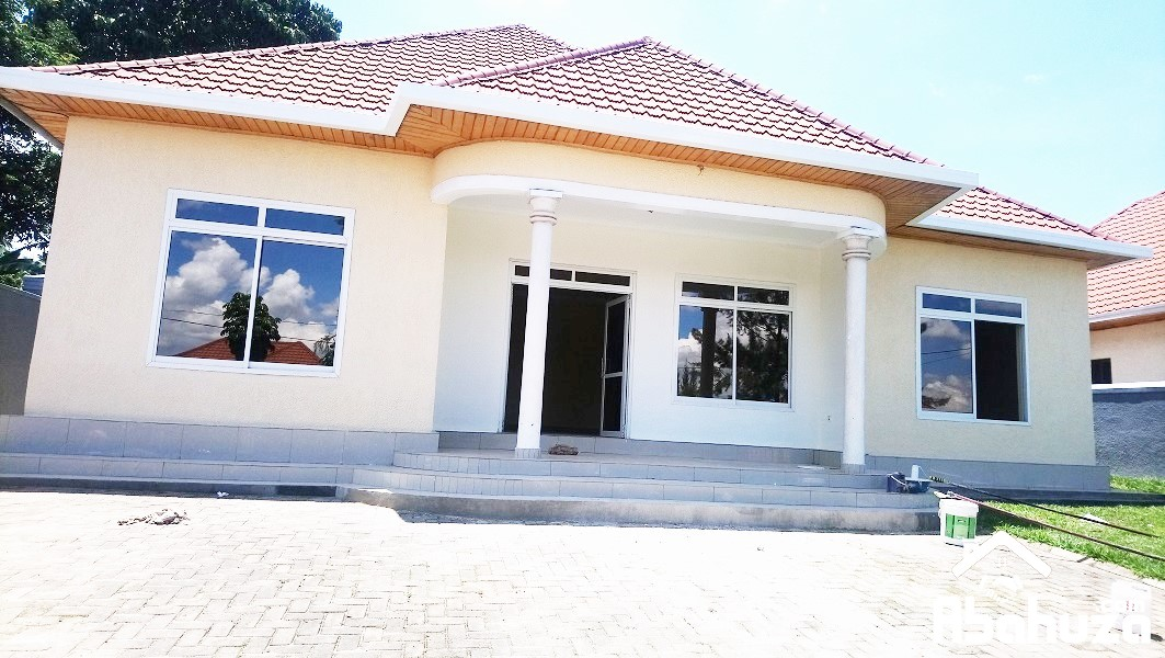 A NICE 4 BEDROOM HOUSE FOR RENT AT KABEZA