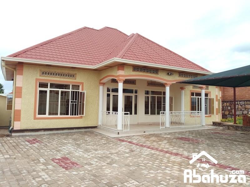 A NICE HOUSE IN GOOD NEIGHBORHOOD OF KICUKIRO