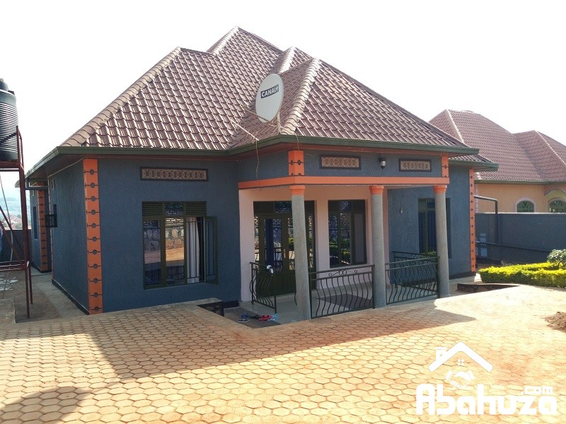 A GOOD HOUSE FOR SALE IN KIGALI AT KANOMBE