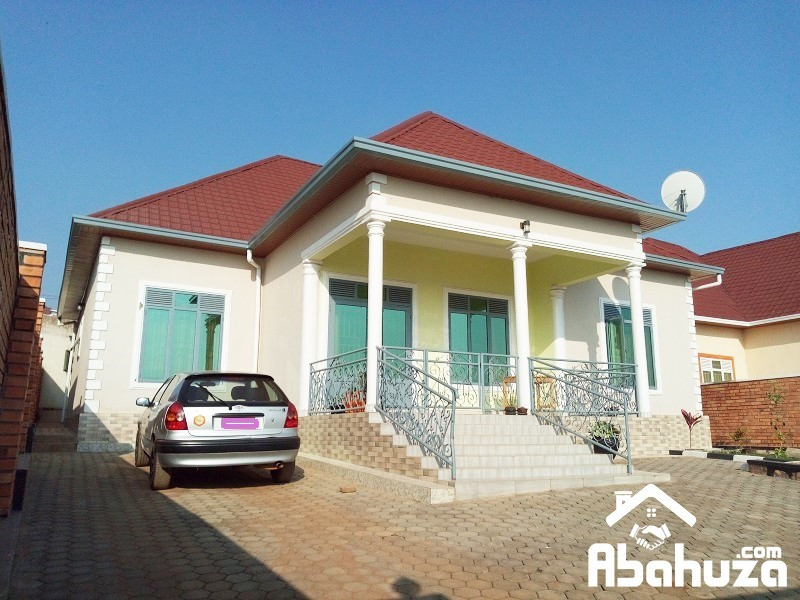A NEW 5 BEDROOM HOUSE IN PLOT OF 750 SQM AT KICUKIRO