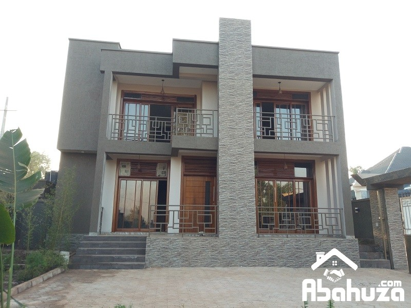 A NEAT HOUSE WITH NICE FINISHING FOR SALE