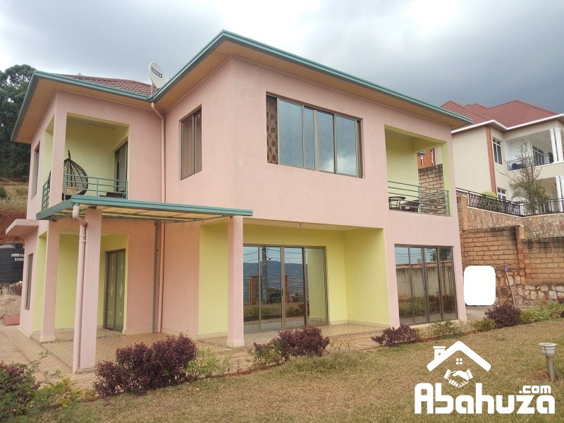 A 5 BEDROOM HOUSE FOR SALE AT REBERO