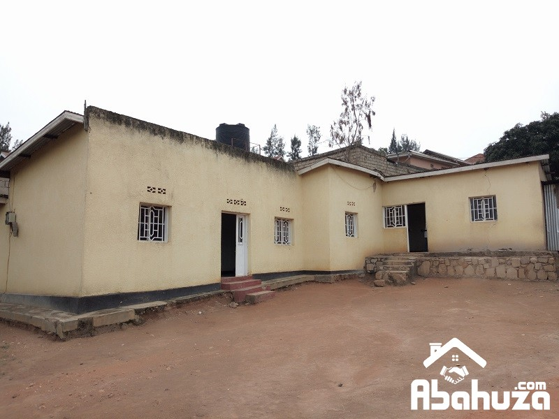 HOUSES FOR SALE IN PLOT OF 563SQM AT KIMIRONKO