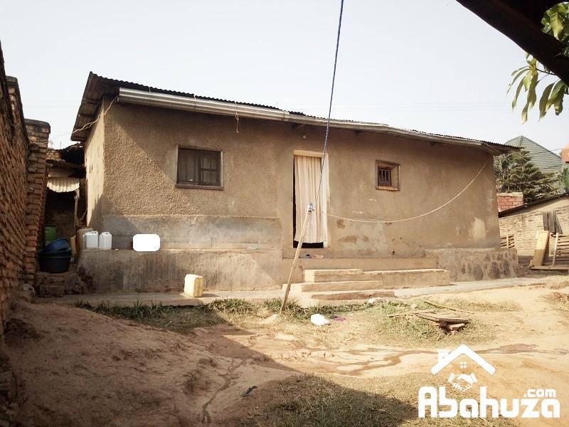 A 4 ROOM HOUSE TO RENOVATE AT KIMIRONKO