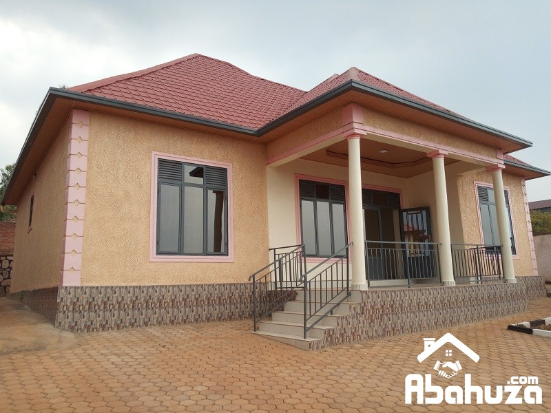 A NEW HOUSE ON LOW PRICE IN NOBLE AREA