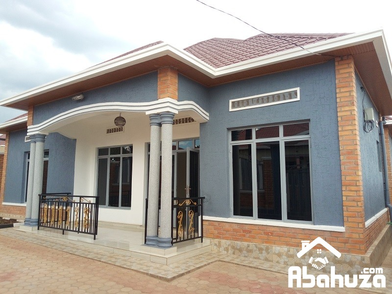 A NEW AND WELL LOCATED HOUSE FOR SALE ON ASPHALT ROAD