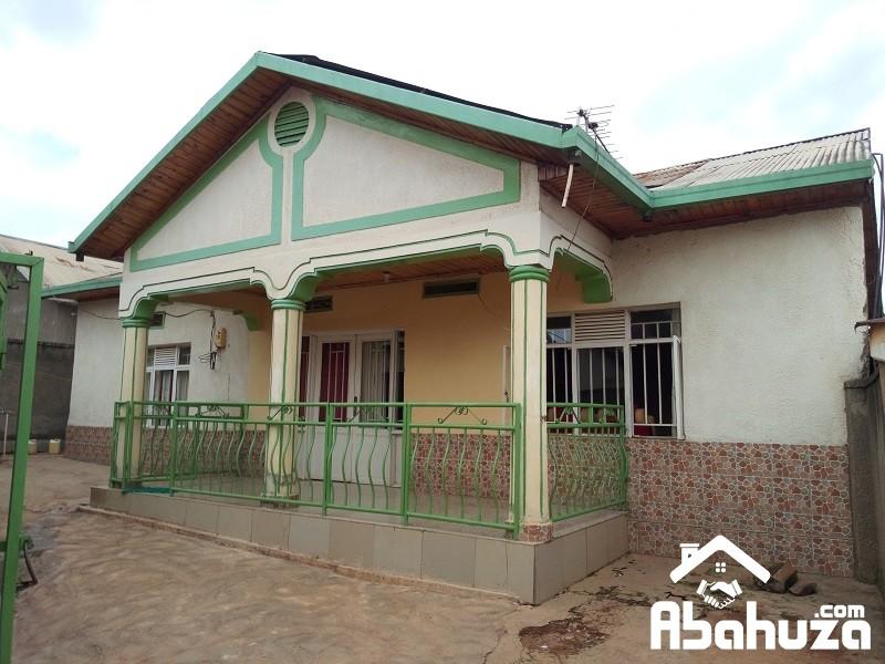 A 3 BEDROOM HOUSE FOR SALE IN KIGALI-KANOMBE KU GASARABA
