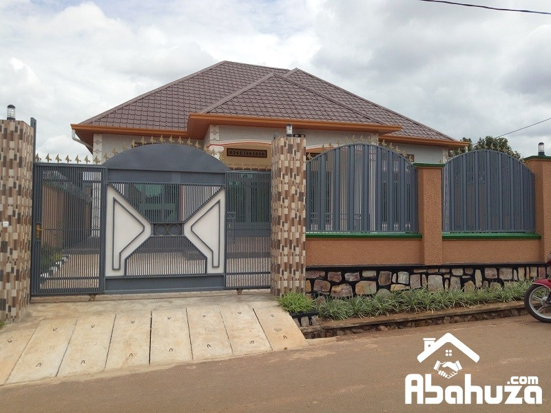 A NEW CONFORTABLE HOUSE FOR SALE IN KIGALI AT KAGARAMA
