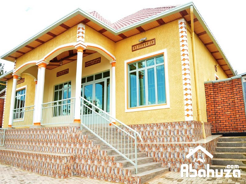 A FURNISHED 4 BEDROOM HOUSE FOR RENT AT KIMIRONKO