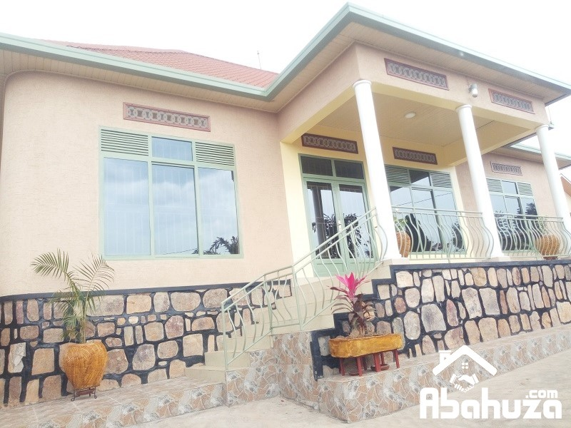 A 4 BEDROOM HOUSE FOR RENT AT RUGANDO