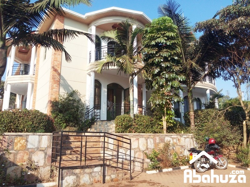 A SEVICED 2 BEDROOMAPARTEMENT FOR RENT AT REBERO