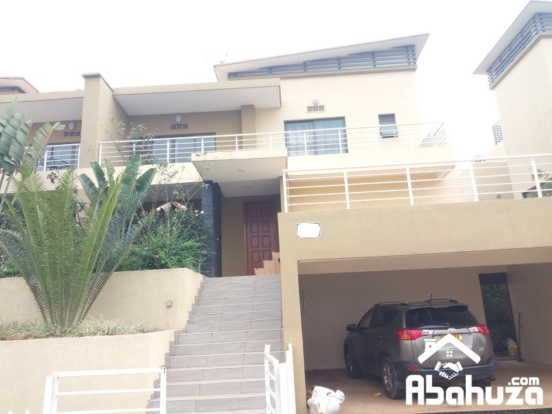 A  FURNISHED 3 BEDROOM HOUSE FOR RENT AT VISION CITY