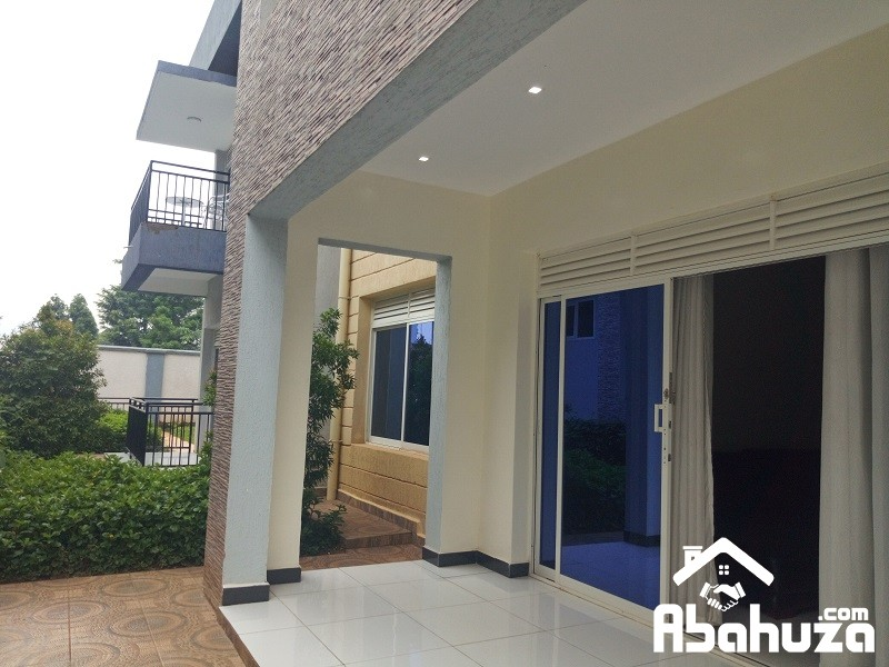 A FURNISHED 4 BEDROOM APARTMENT FOR RENT IN KIGALI AT KIYOVU