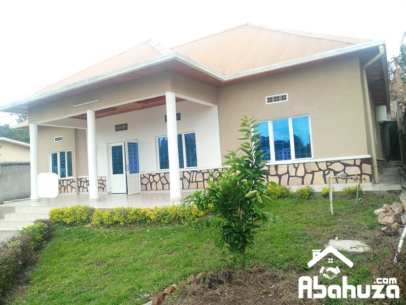 A 4 BEDROOM HOUSE FOR RENT IN KIGALI AT GISHUSHU