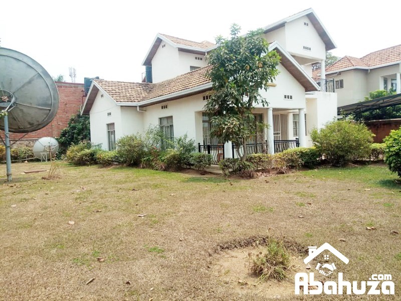 A FURNISHED 4 BEDROOM HOUSE FOR RENT AT GACURIRO