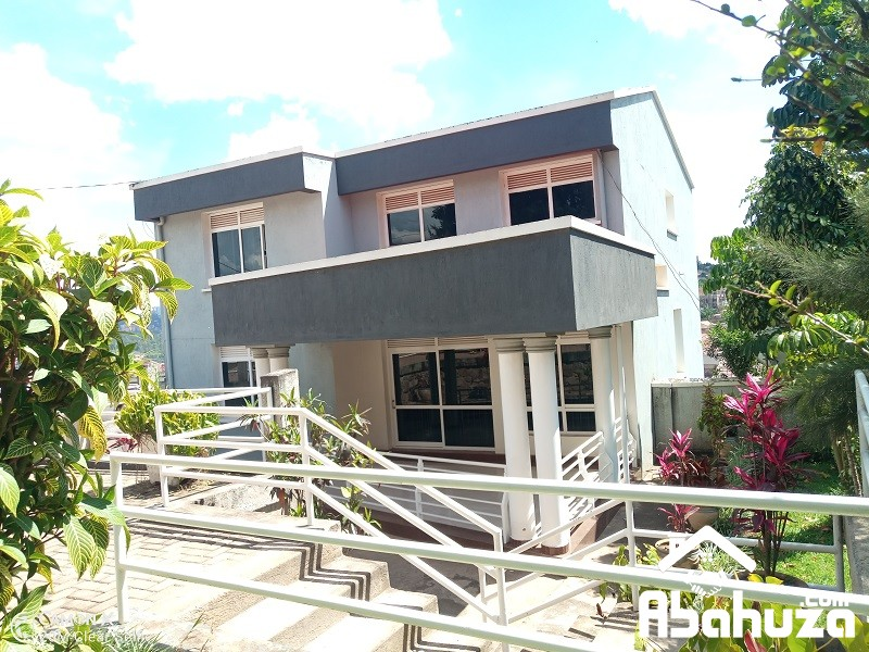 A 5 BEDROOM HOUSE FOR RENT IN KIGALI AT GISOZI